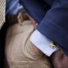 Как носить мужские запонки