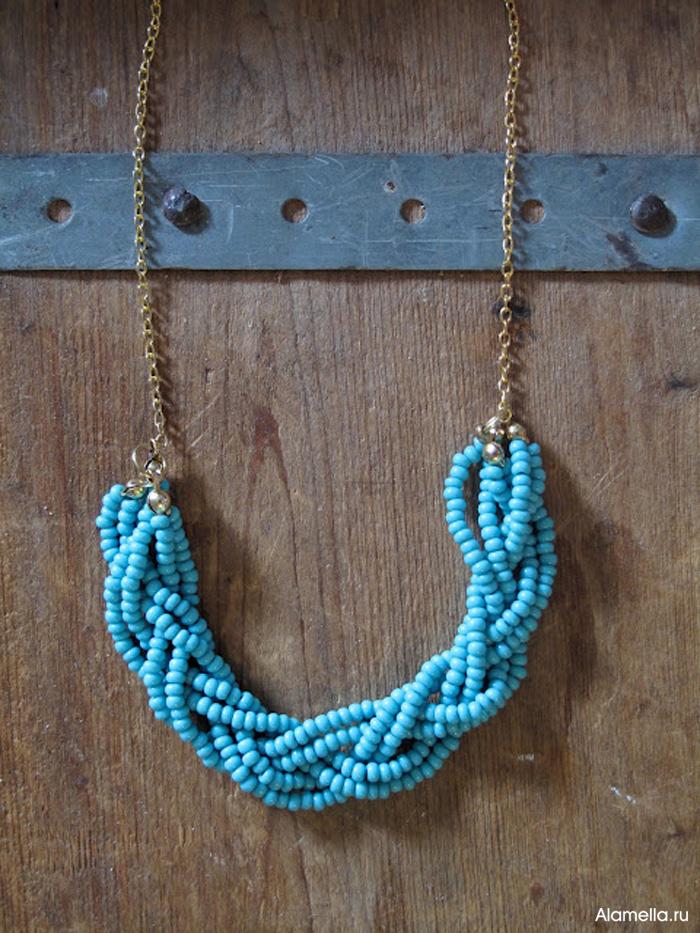 Очень простой мастер-класс по изготовлению стильного и изящного ожерелья.