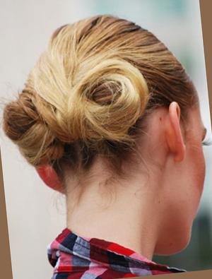 Прически на для средних волос для подростков