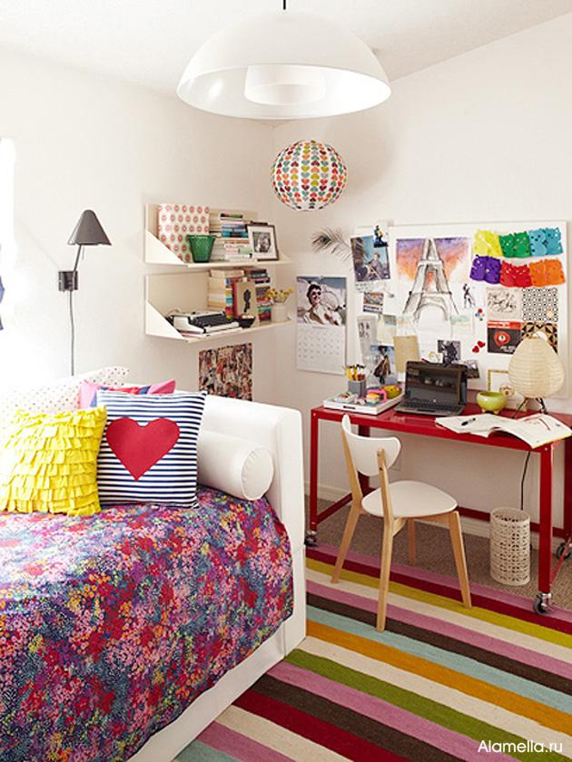 При создании интерьера подростковой комнаты для девочки важно помнить