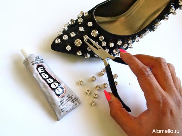 f5e42e0555b5 Как украсить туфли стразами своими руками   Alamella.ru
